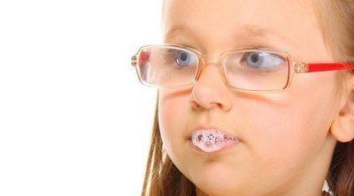 12 enfermedades que se transmiten por la saliva