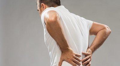 Cómo aliviar el dolor de la parte baja de la espalda en la cama