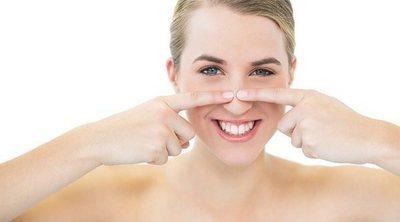 Por qué te salen puntos negros o espinillas en la nariz