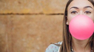 ¿Son buenos los chicles sin azúcar para los dientes?